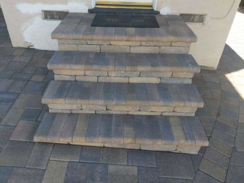 Steps: Angelus Bullnose Sand Stone Mocha Mixe with Cream Brown Charcoal Pavers
