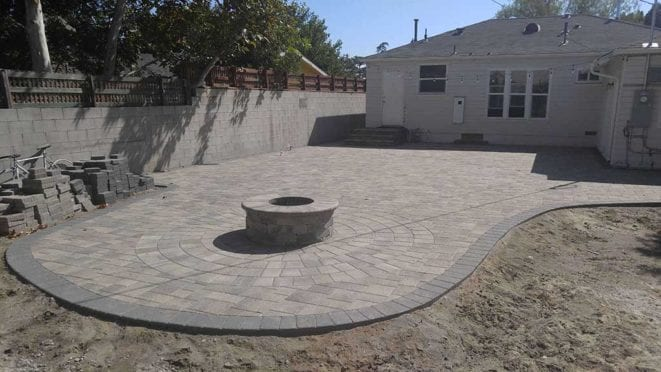 Round Fire Pit, Angelus Courtyard pavers, gray moss charcoal color