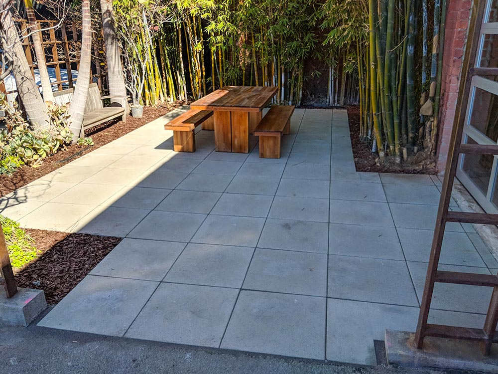 Angelus Gray Square Stack Pavers