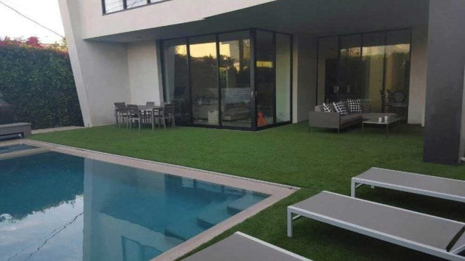 Artificial Turf: 98oz