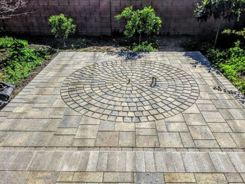 Circles: Belgard Catalina Grana with Tumbled Circle Kit Patio