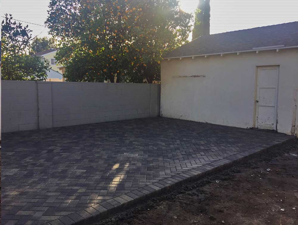 Angelus Holland Driveway Pavers After